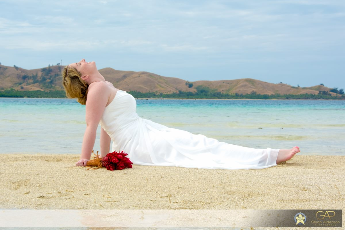 Trash the dress in Fiji