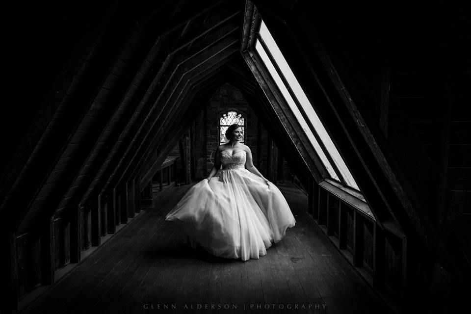 Montsevat Wedding | Glenn Alderson Photography